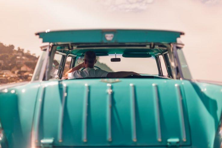 Co ma spinanie pośladków do kierownicy?